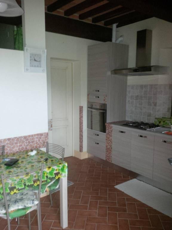Appartamento in ottime condizioni arredato in vendita Rif. 8112131