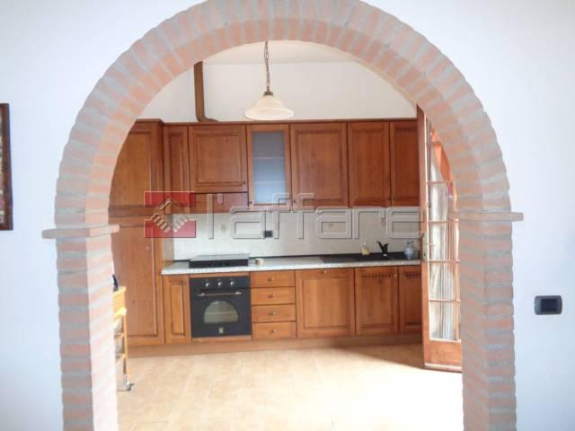 Appartamento in ottime condizioni in vendita Rif. 6837762