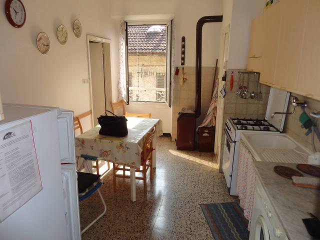 Appartamento in buone condizioni in vendita Rif. 4199462