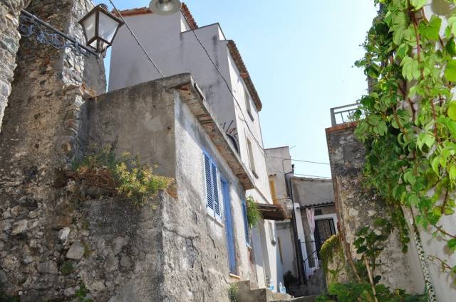 Stabile / Palazzo da ristrutturare in vendita