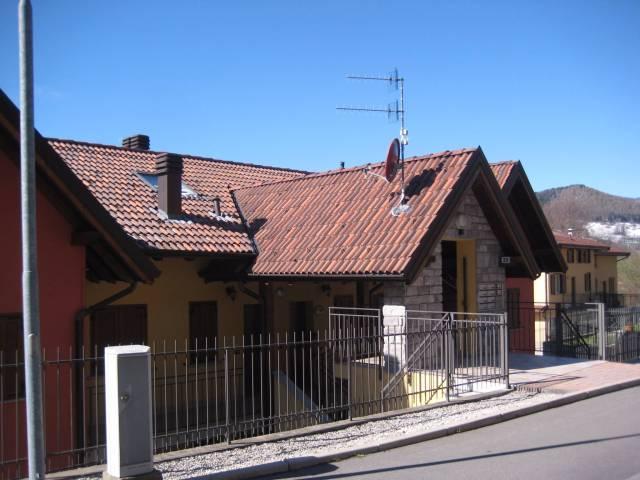 Appartamento in ottime condizioni arredato in vendita Rif. 4937924