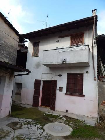 Soluzione Indipendente in vendita a Gravellona Lomellina, 3 locali, prezzo € 45.000 | CambioCasa.it
