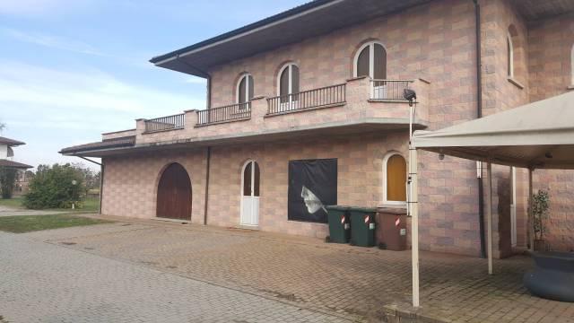 Negozio / Locale in affitto a Mede, 6 locali, prezzo € 1.700 | Cambio Casa.it