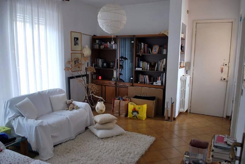 Appartamento in affitto a Alba, 3 locali, prezzo € 450 | CambioCasa.it