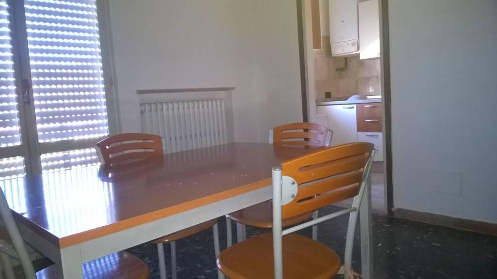 Appartamento in affitto a San Pietro in Cariano, 2 locali, prezzo € 450 | CambioCasa.it