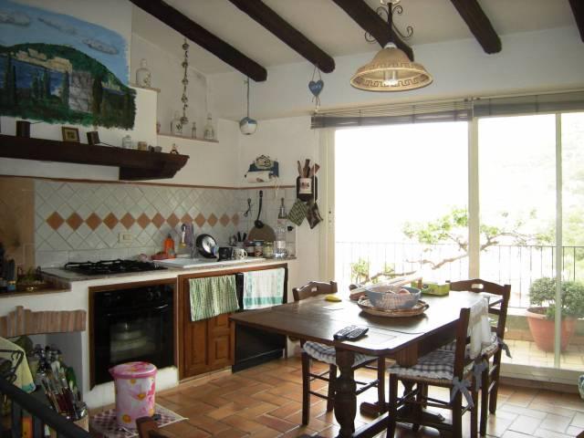 Casa Indipendente in ottime condizioni in vendita Rif. 4598557