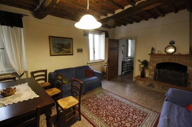 Appartamento in ottime condizioni arredato in affitto Rif. 4343291
