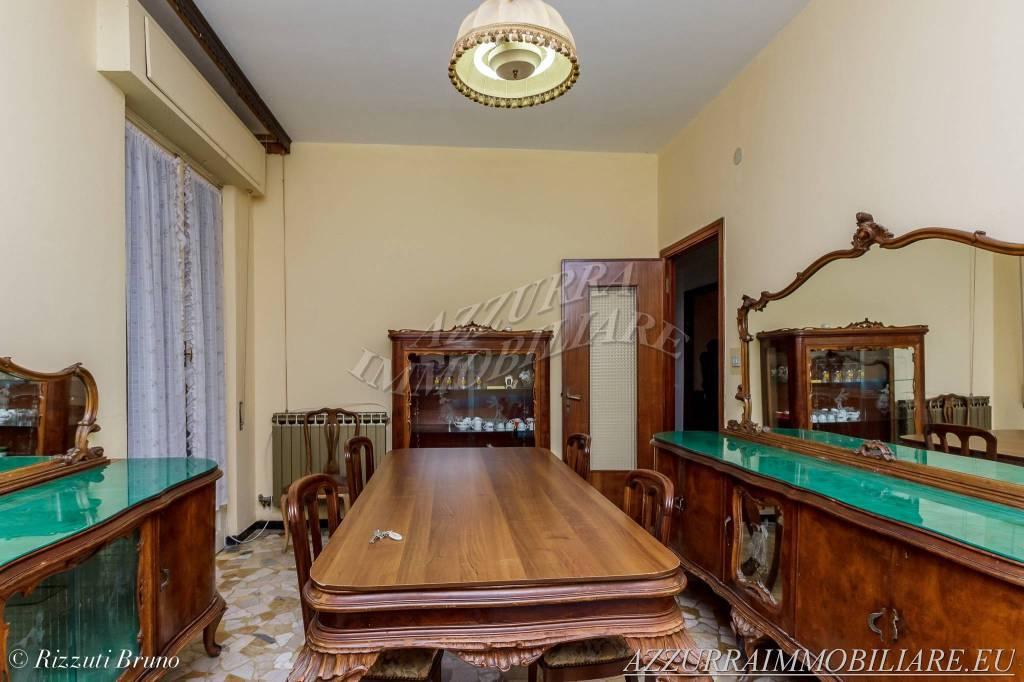 Appartamento in vendita via Gentile Albissola Marina