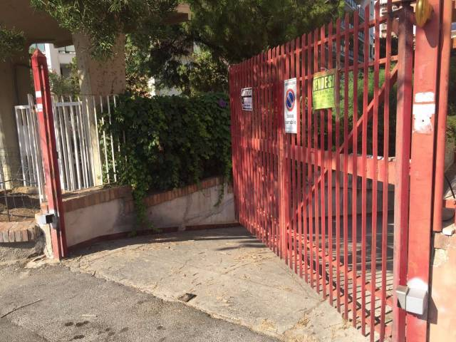 Box in vendita a Palermo (PA)