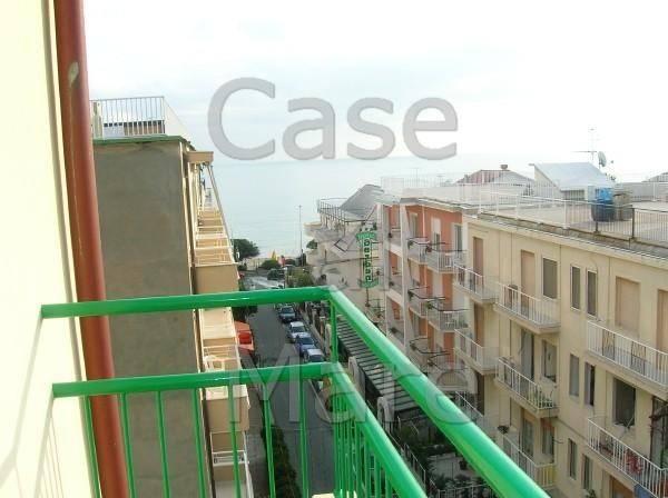 Appartamento in ottime condizioni arredato in vendita Rif. 8651543
