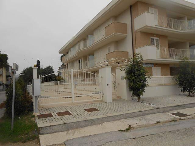 Appartamento arredato in vendita Rif. 7856958