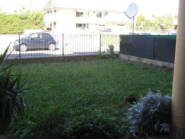 Appartamento in buone condizioni in vendita Rif. 5019907