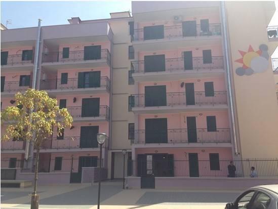 Appartamento in vendita 3 vani 100 mq.  via Bernardo Quaranta 11 Napoli