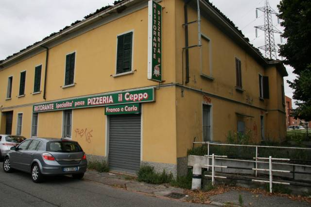 Ufficio in vendita a Cassina de' Pecchi-https://res.getrix.it/media/ad/58591850/1/xs.jpg