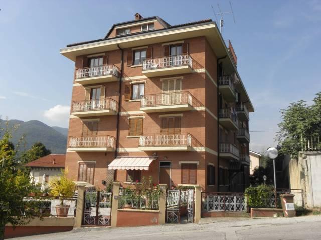 Appartamento da ristrutturare in vendita Rif. 4829754