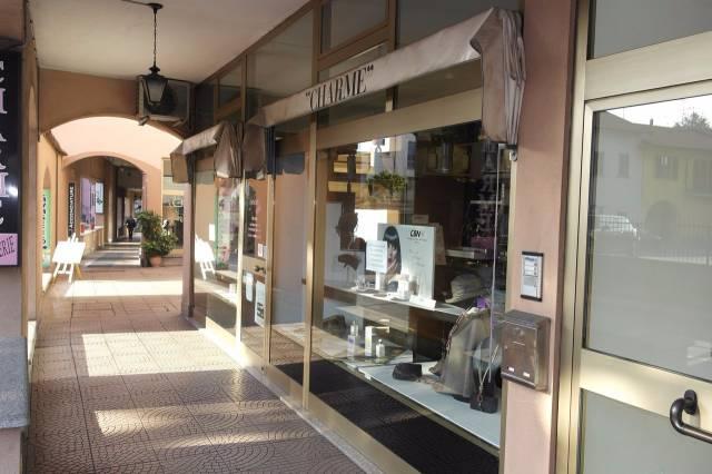 Negozio / Locale in vendita a Besozzo, 1 locali, prezzo € 70.000 | Cambio Casa.it