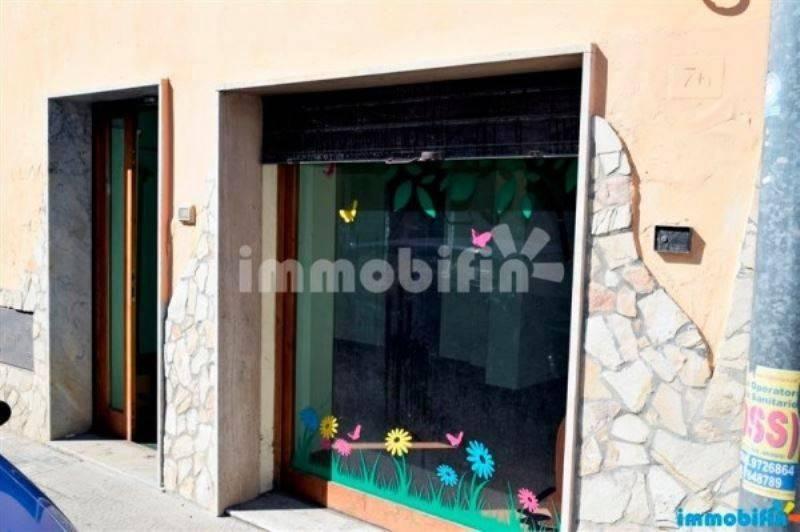 Locale commerciale nel comune di Oria Rif. 8674410