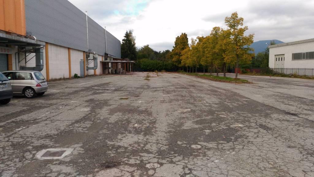 Negozio / Locale in affitto a Cumiana, 1 locali, Trattative riservate | PortaleAgenzieImmobiliari.it
