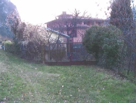 Terreno in vendita a Vobarno-https://res.getrix.it/media/ad/58671062/1/xs.jpg