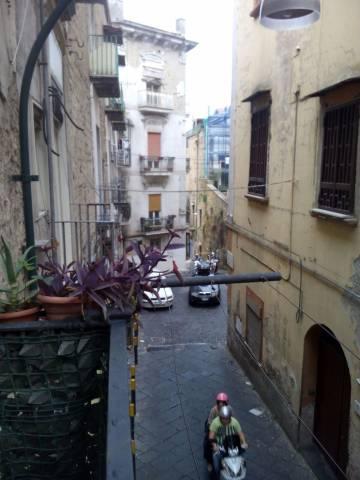 Bilocale Napoli Cupa Dei Gerolomini Alle Due Porte 1