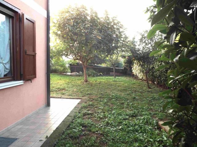 Appartamento in vendita a Ghedi, 4 locali, prezzo € 150.000 | Cambio Casa.it