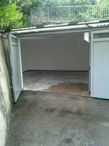 garage-Box-posto auto Singolo in Vendita a Pontassieve