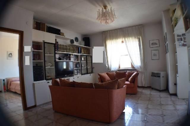 Appartamento in buone condizioni in vendita Rif. 4943004