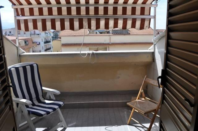 Attico / Mansarda in buone condizioni arredato in vendita Rif. 4300791