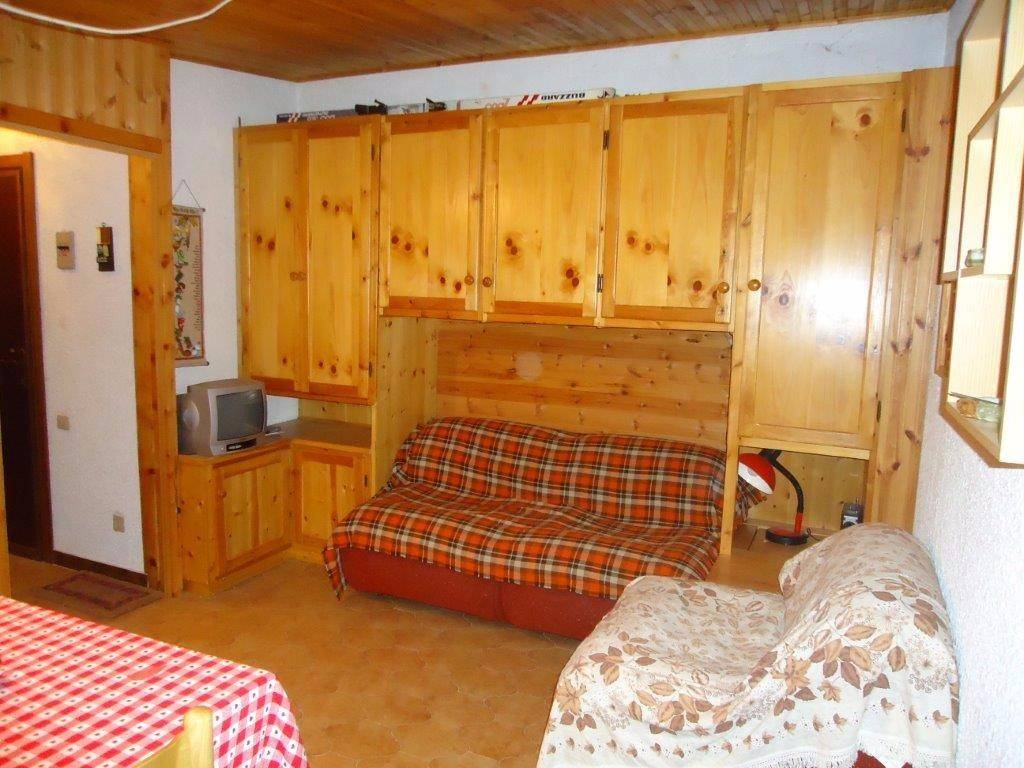 Appartamento in vendita a Viola, 2 locali, prezzo € 15.000 | CambioCasa.it
