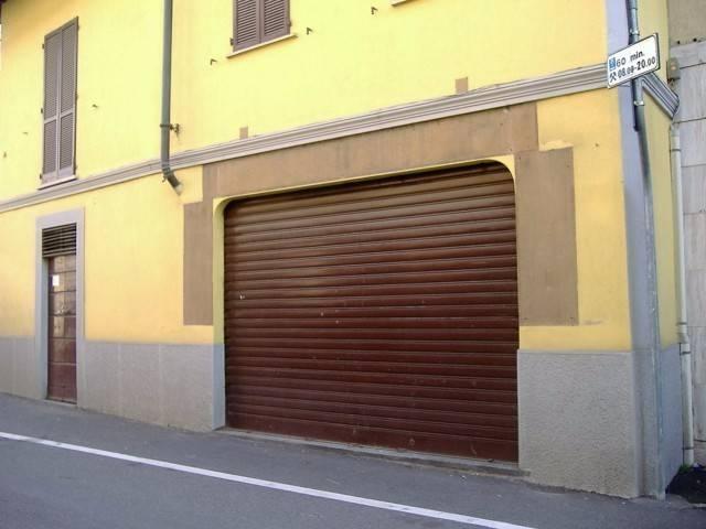 Negozio / Locale in vendita a Cassano Magnago, 4 locali, prezzo € 73.000 | CambioCasa.it