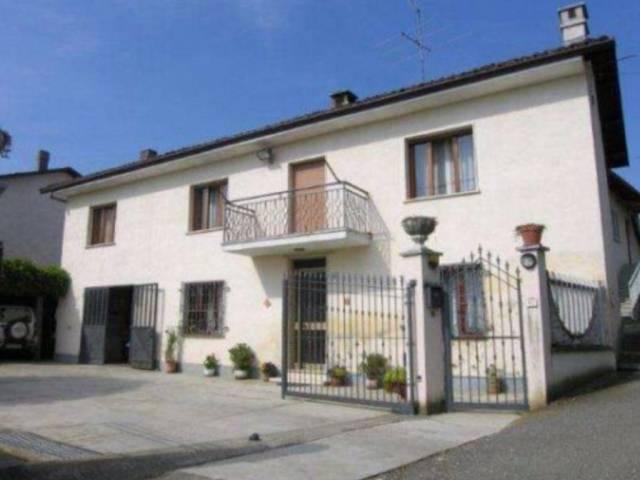 Rustico / Casale in vendita a Vaglio Serra, 4 locali, prezzo € 145.000 | CambioCasa.it