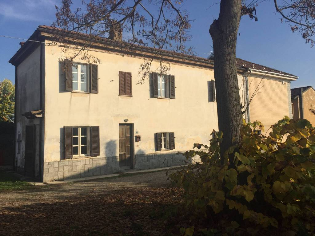 Villa in Vendita a Alessandria Periferia:  5 locali, 145 mq  - Foto 1