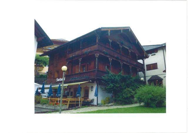Appartamento in ottime condizioni parzialmente arredato in vendita Rif. 4266091