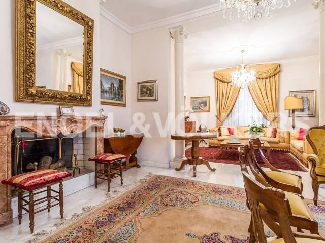 Casa indipendente in Affitto a Roma 06 Nuovo / Salario / Prati fiscali: 5 locali, 500 mq