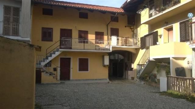 Soluzione Indipendente in vendita a Banchette, 4 locali, prezzo € 75.000 | Cambio Casa.it