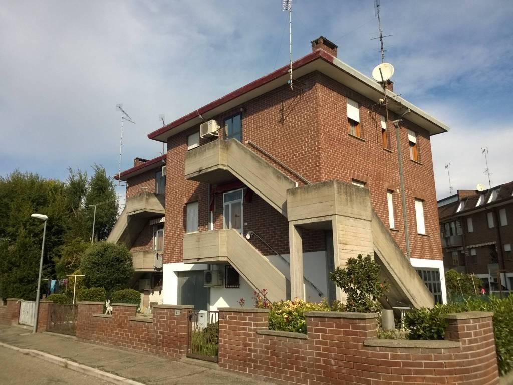 Appartamento in buone condizioni in vendita Rif. 4340053
