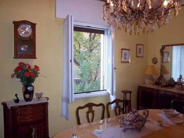 Appartamento in vendita a Cremona, 5 locali, prezzo € 100.000 | Cambio Casa.it