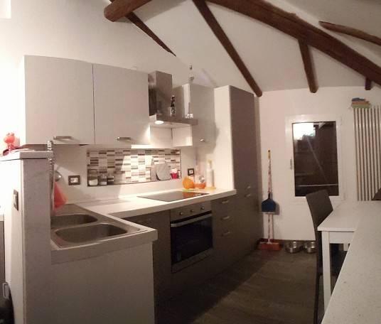 Appartamento in ottime condizioni arredato in vendita Rif. 8895961