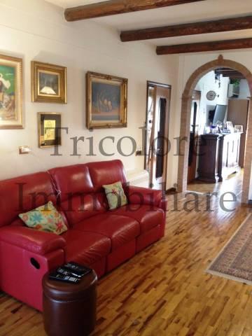 Villa in ottime condizioni in vendita Rif. 4972057