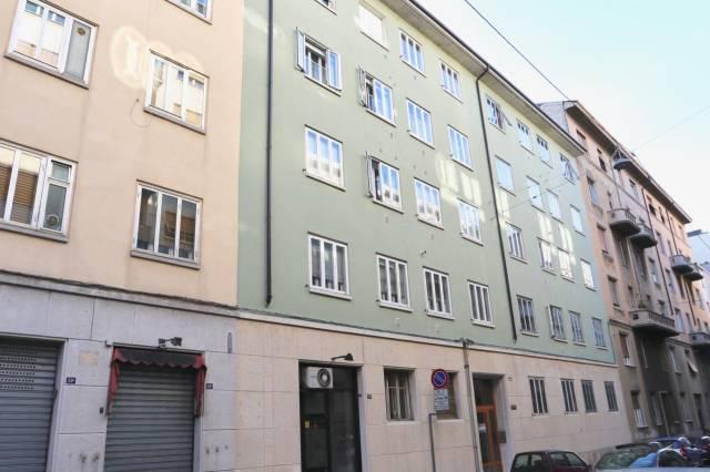 Bilocale Trieste Via Dei Piccardi 1