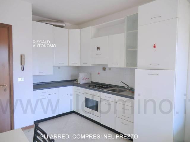 Appartamento in ottime condizioni arredato in vendita Rif. 4855761