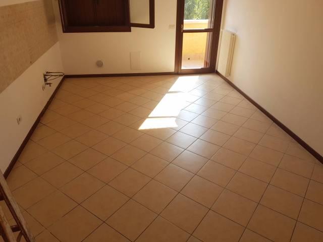 Appartamento in ottime condizioni in vendita Rif. 4507209