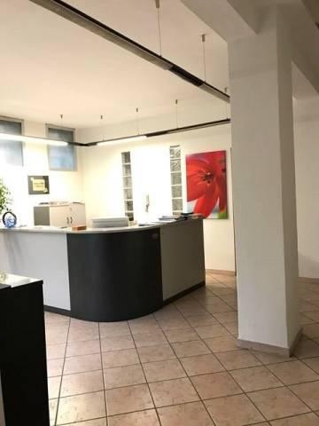 Laboratorio in vendita a Torino, 6 locali, zona Zona: 9 . San Donato, Cit Turin, Campidoglio, , prezzo € 145.000 | Cambio Casa.it