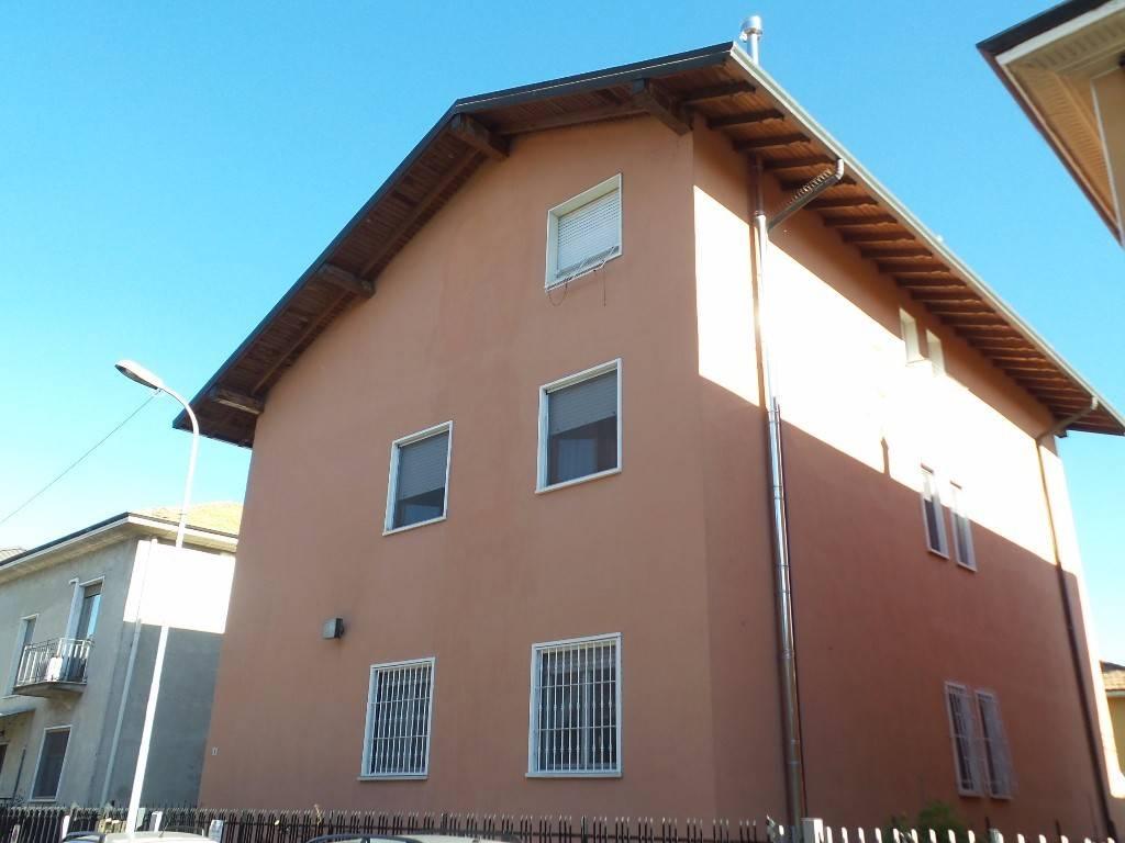 Appartamento in vendita a Pero, 1 locali, prezzo € 65.000   PortaleAgenzieImmobiliari.it