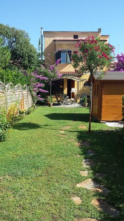 Appartamento in ottime condizioni arredato in affitto Rif. 9289697