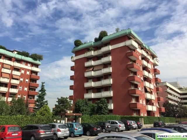 Attico / Mansarda in vendita a Pero, 3 locali, prezzo € 350.000 | Cambio Casa.it