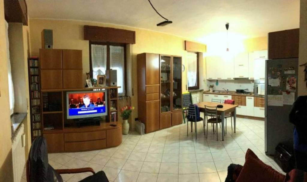 Appartamento in vendita a Nova Milanese, 3 locali, prezzo € 189.000 | CambioCasa.it