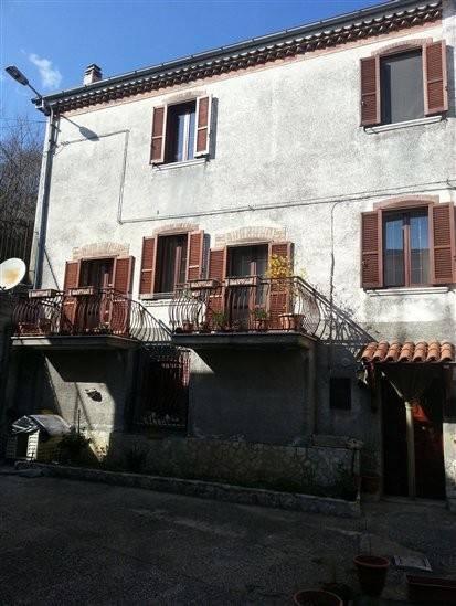 Casa Indipendente in buone condizioni in vendita Rif. 8693319