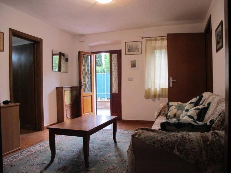 Appartamento in Affitto a Pistoia Periferia Est: 4 locali, 95 mq