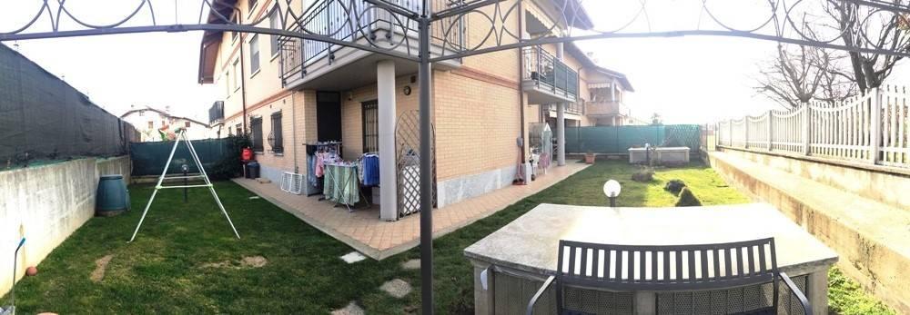 Appartamento in ottime condizioni in vendita Rif. 8316737